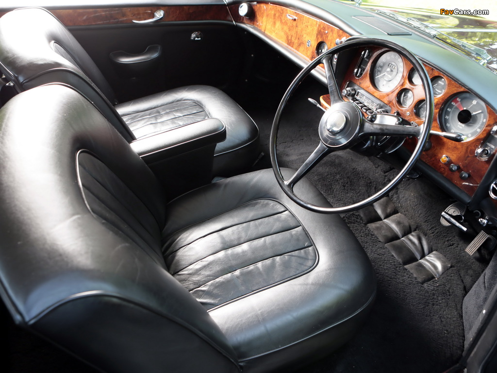 Photos of Bentley S3 Continental Coupe by Mulliner Park Ward UK-spec 1964–65 (1024 x 768)