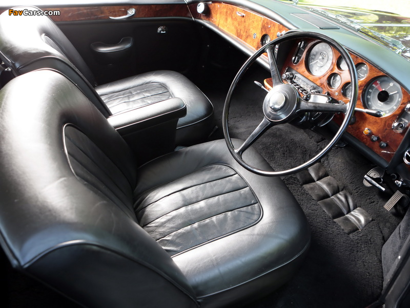 Photos of Bentley S3 Continental Coupe by Mulliner Park Ward UK-spec 1964–65 (800 x 600)