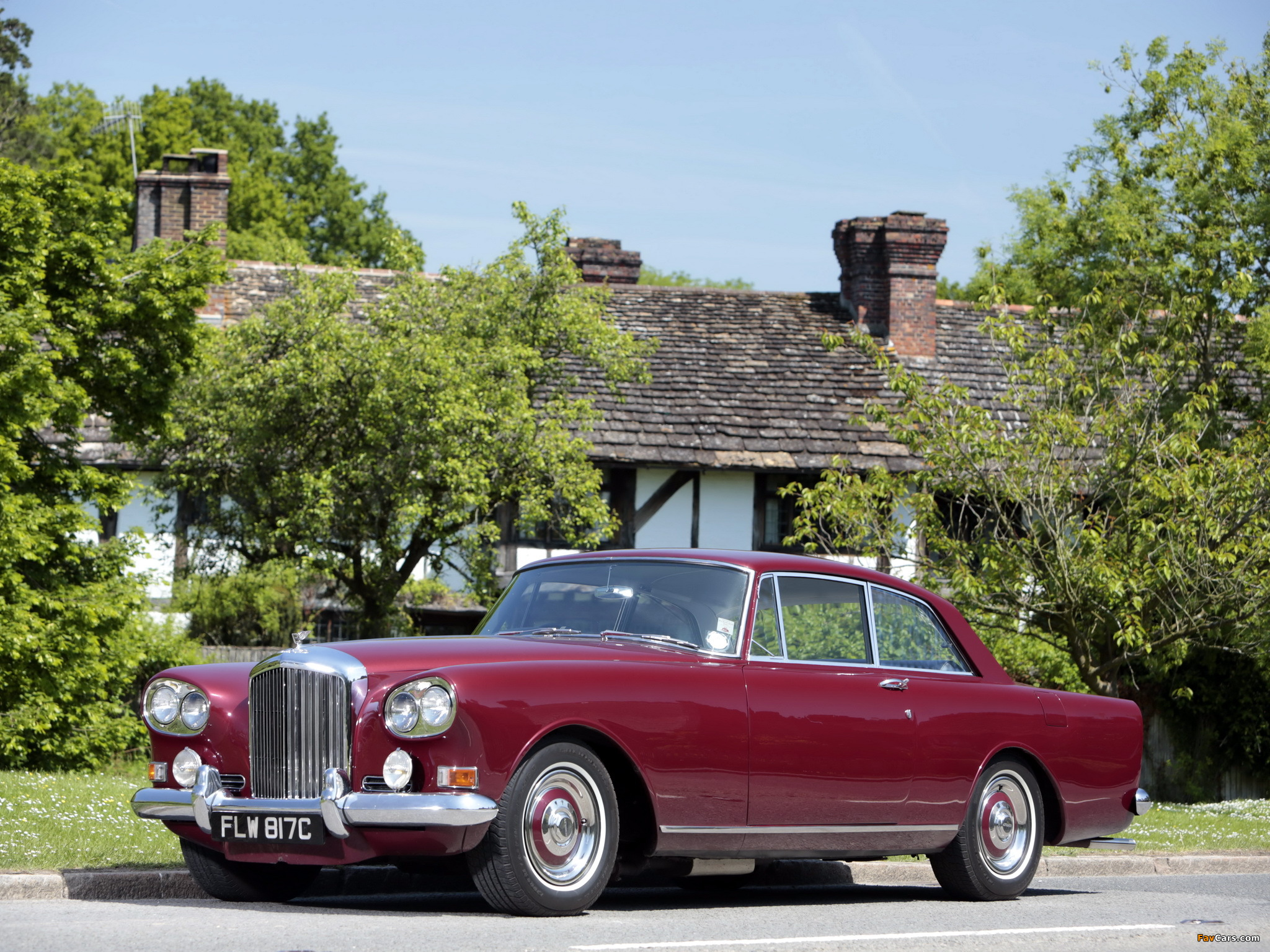 Pictures of Bentley S3 Continental Coupe by Mulliner Park Ward UK-spec 1964–65 (2048 x 1536)