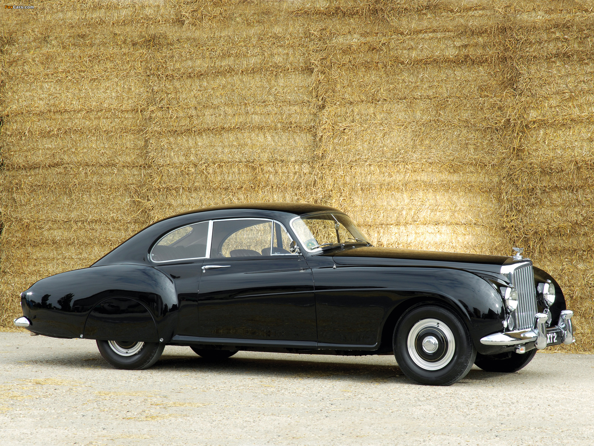 Bentley R-Type Continental Fastback 1953–55 wallpapers (2048 x 1536)