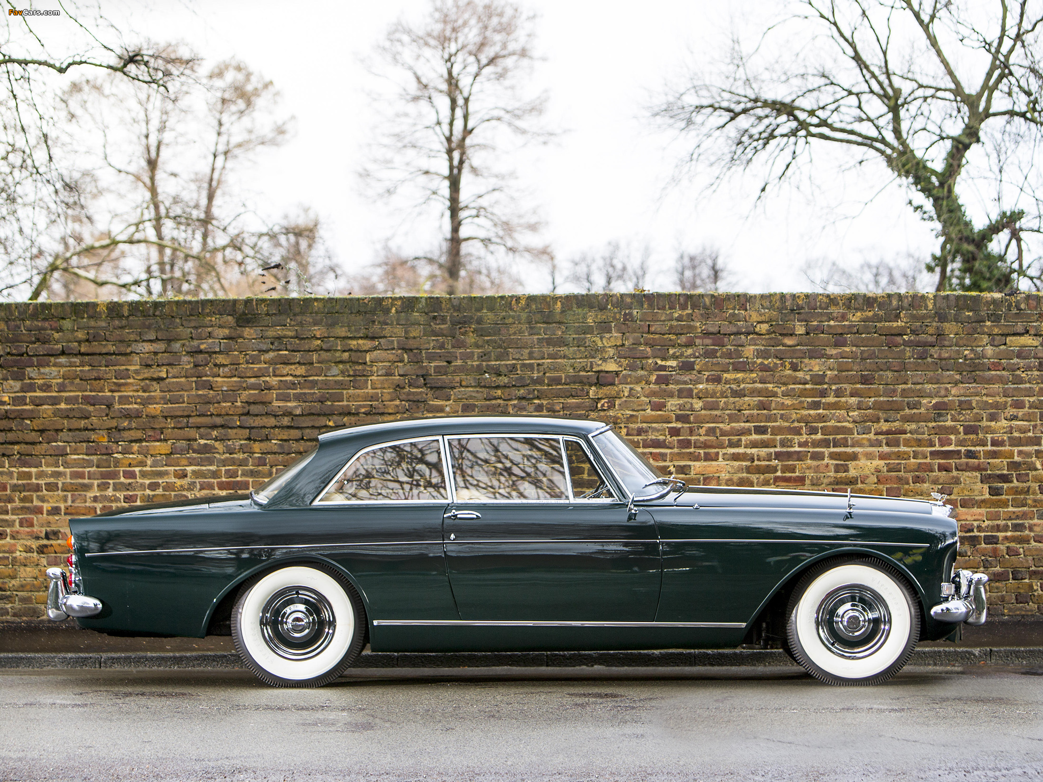 Bentley S3 Continental Coupe by Mulliner Park Ward UK-spec 1964–65 wallpapers (2048 x 1536)