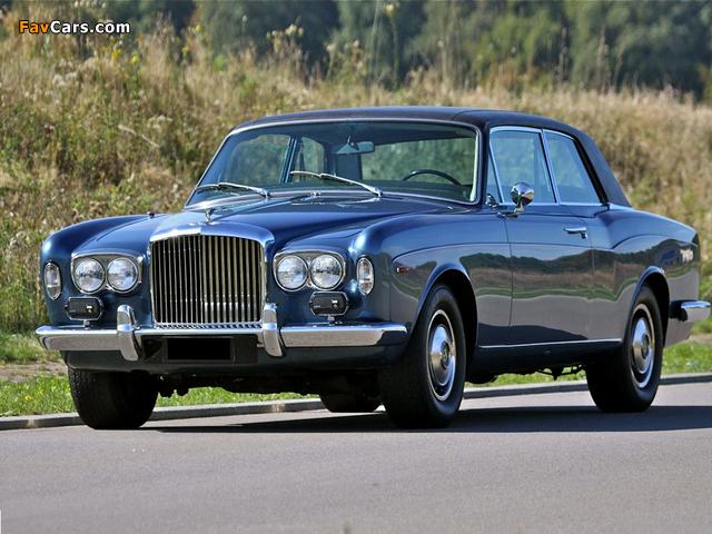 Bentley Corniche Saloon 1971–77 images (640 x 480)