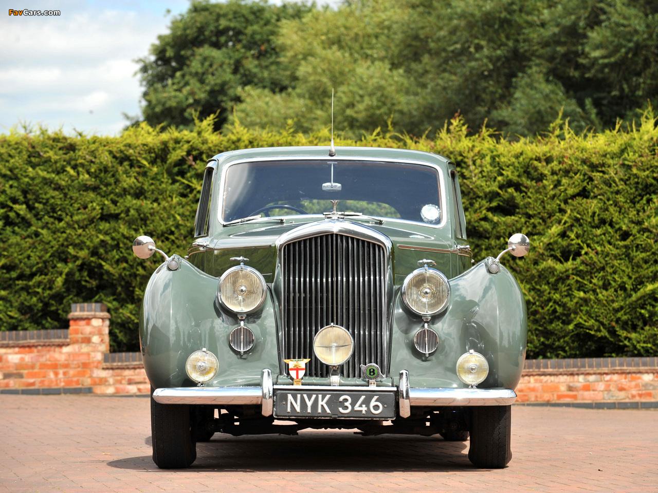 Bentley R-Type Standard Saloon 1952–55 pictures (1280 x 960)