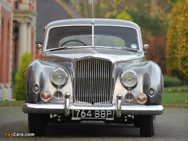 Bentley R-Type 4.6 Litre Coupe by Abbott 1954 images (640 x 480)