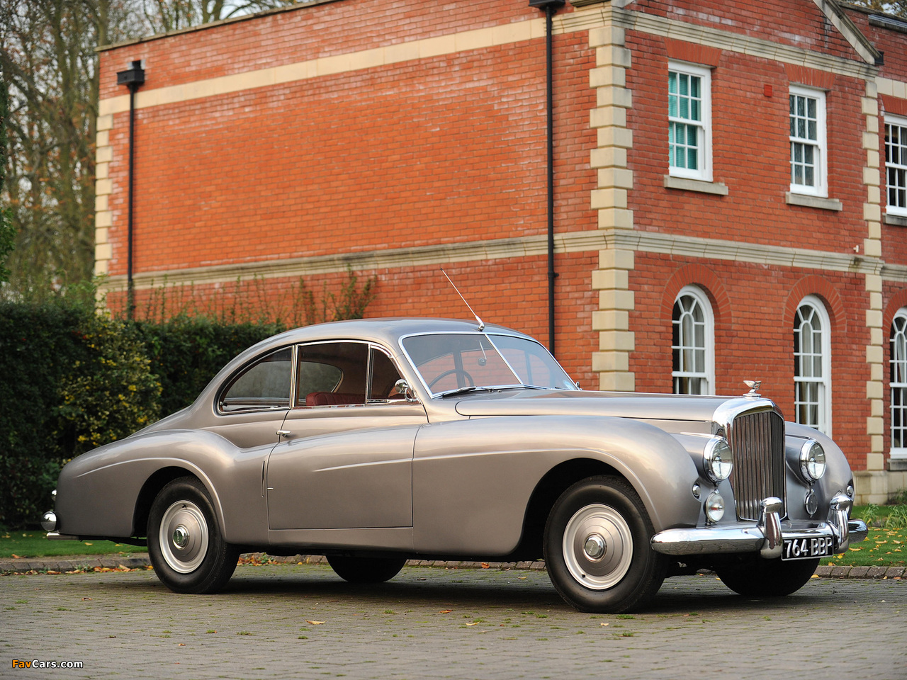 Bentley R-Type 4.6 Litre Coupe by Abbott 1954 wallpapers (1280 x 960)
