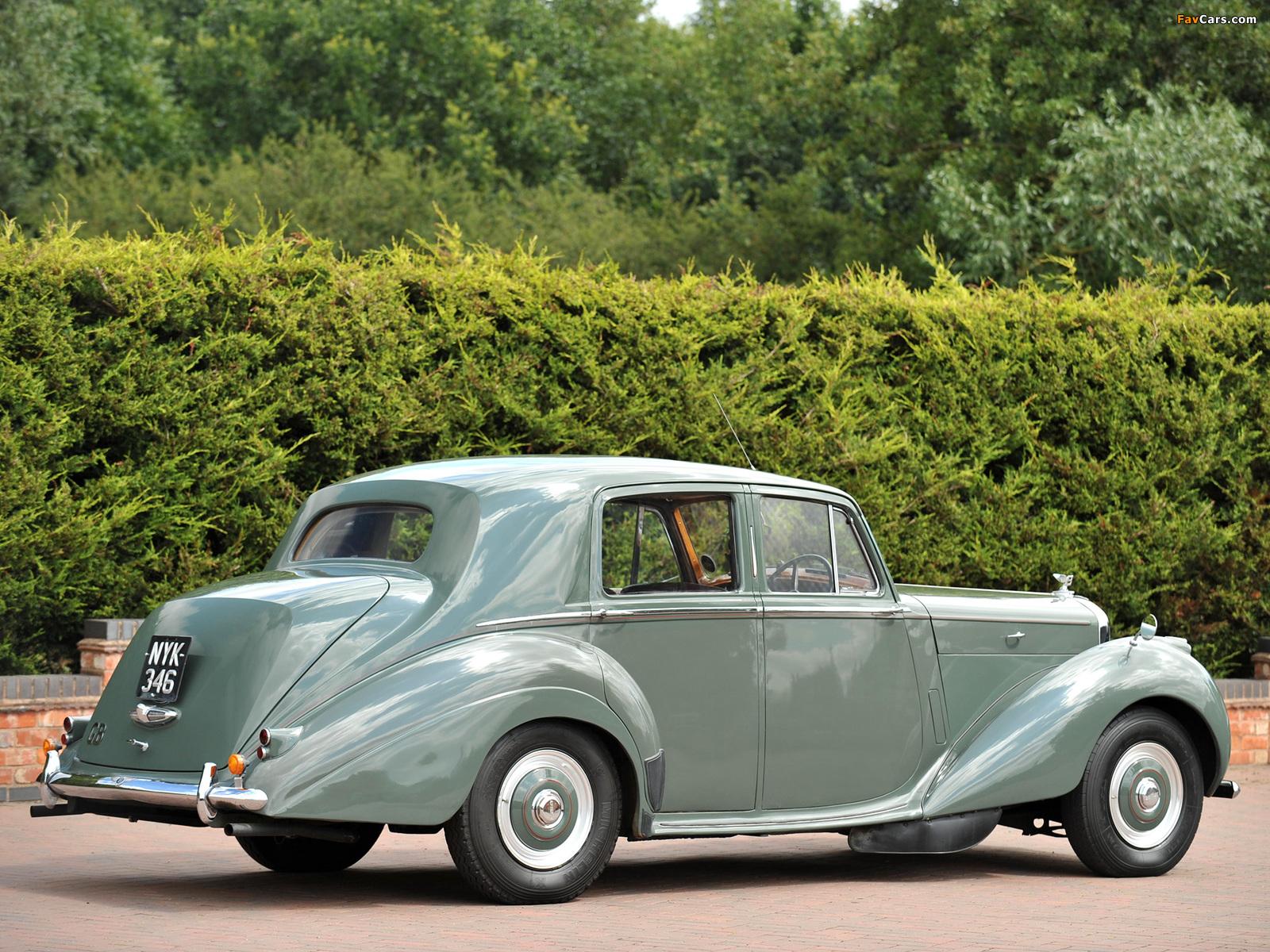 Bentley R-Type Standard Saloon 1952–55 wallpapers (1600 x 1200)