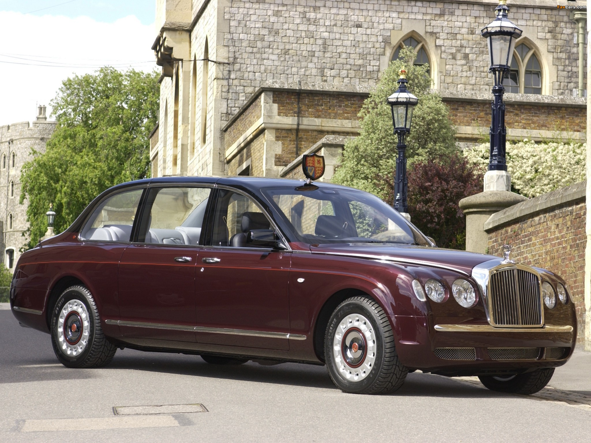 Bentley State Limousine 2002 pictures (2048 x 1536)