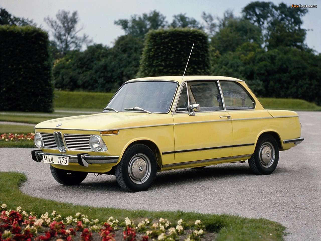 BMW 1600-2 (E10) 1966–71 pictures (1280x960)