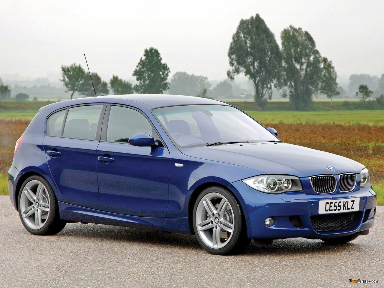 Bmw Sports Car >> BMW 130i 5-door M Sports Package (E87) 2005 images (1280x960)