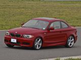 BMW 135i Coupe US-spec (E82) 2008–10 images
