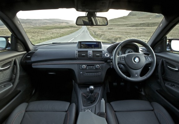 Pictures of BMW 1 Series M Coupe UK-spec (E82) 2011