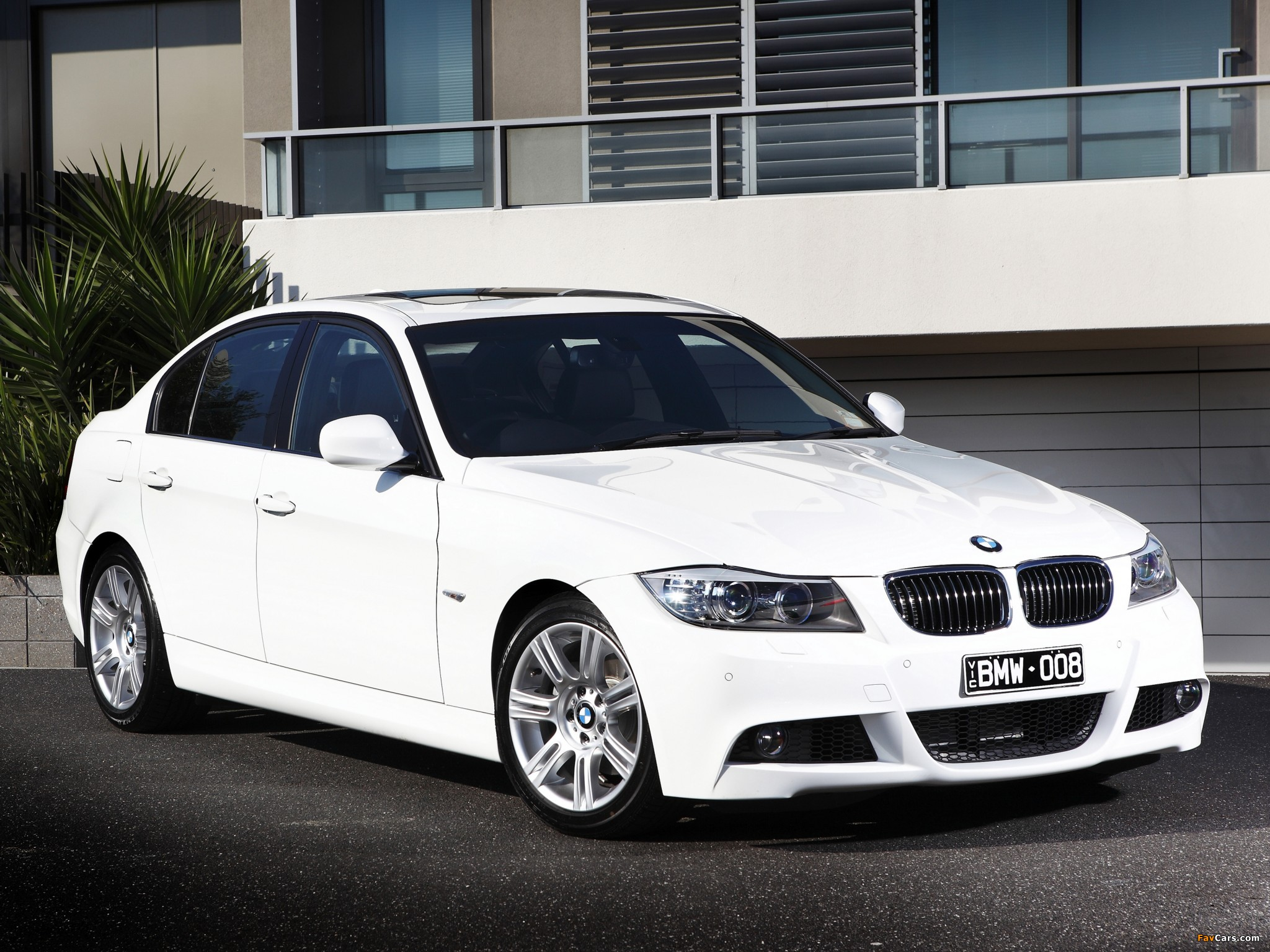 bmw 325i sedan m sports package au spec e90 2011 images. Black Bedroom Furniture Sets. Home Design Ideas