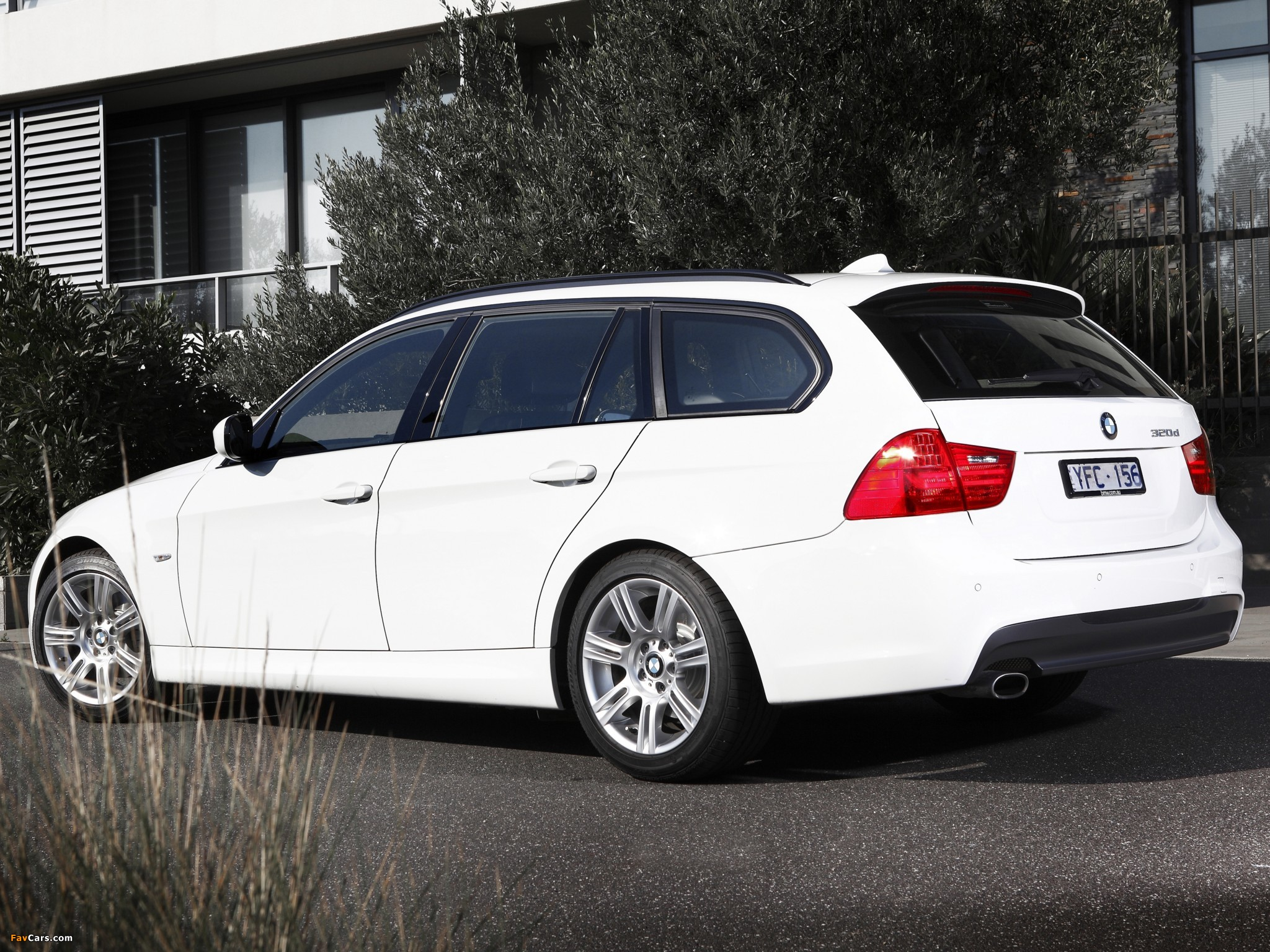 photos of bmw 320d touring m sports package au spec e91 2011 2048x1536. Black Bedroom Furniture Sets. Home Design Ideas