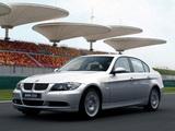 Pictures of BMW 325i Sedan (E90) 2005–08