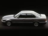 BMW 520i Sedan (E34) 1987–95 images