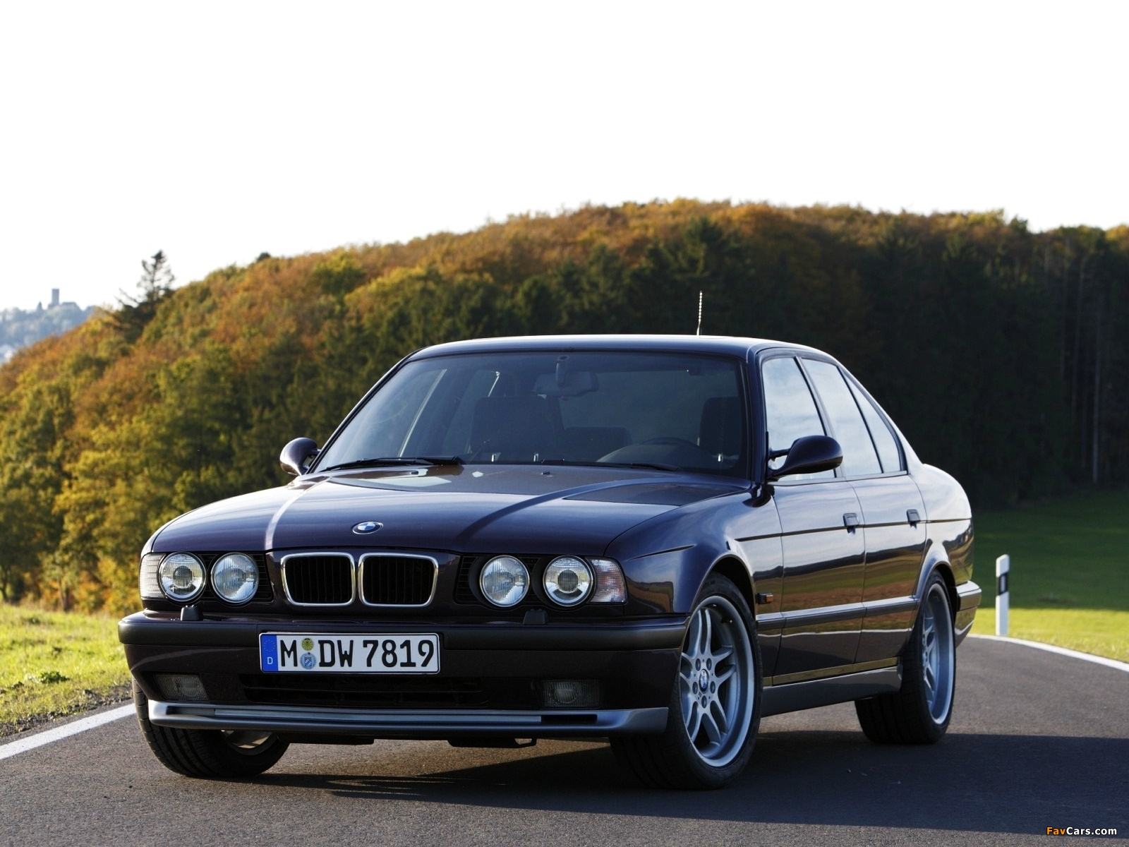 Bmw M5 Sedan E34 199495 Wallpapers 5 Series