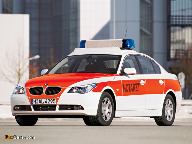 BMW 5 Series Sedan Notarzt (E60) 2003–07 photos (640 x 480)