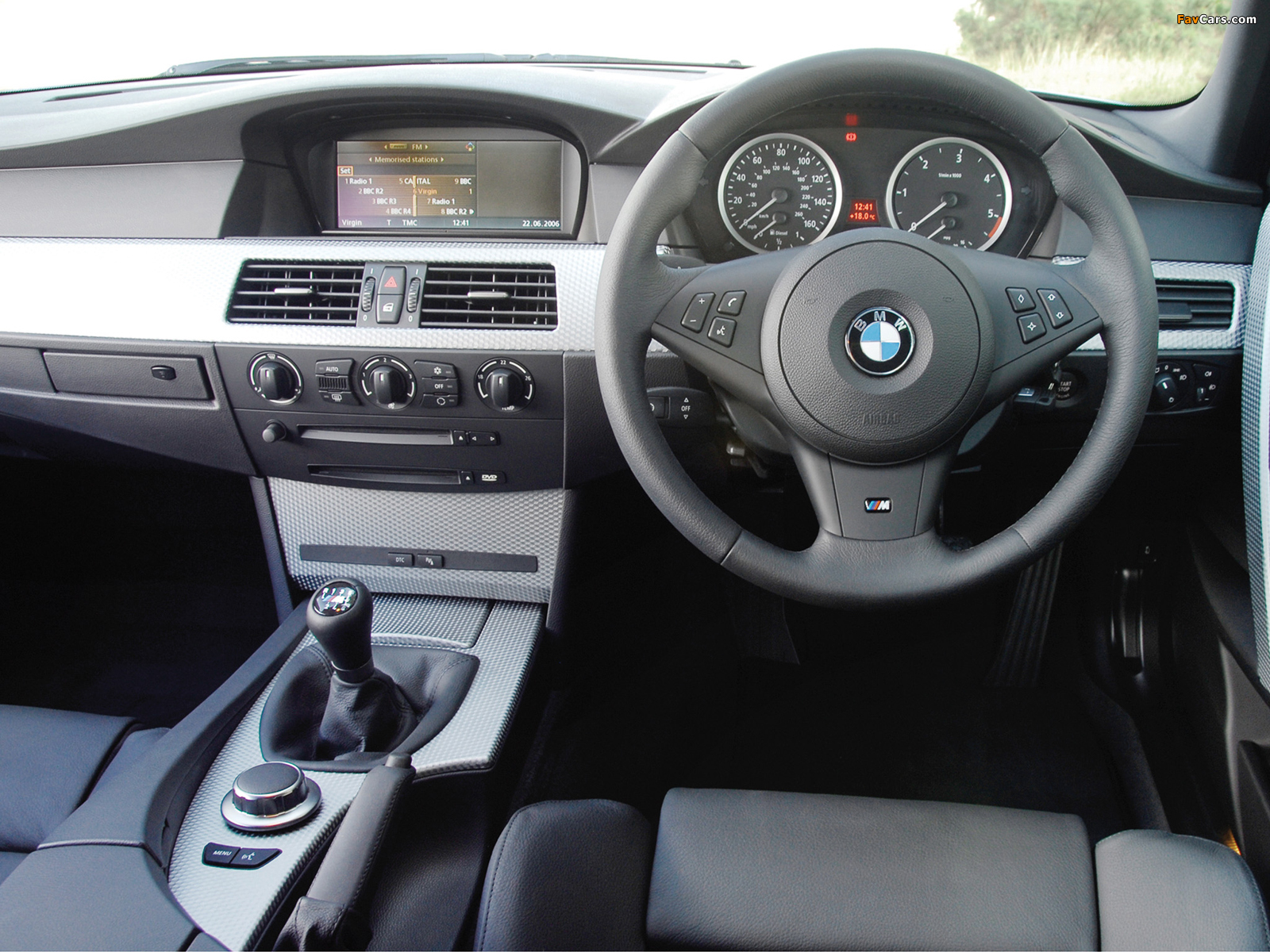 bmw 530d touring m sports package uk spec e61 2005 pictures 1600x1200. Black Bedroom Furniture Sets. Home Design Ideas