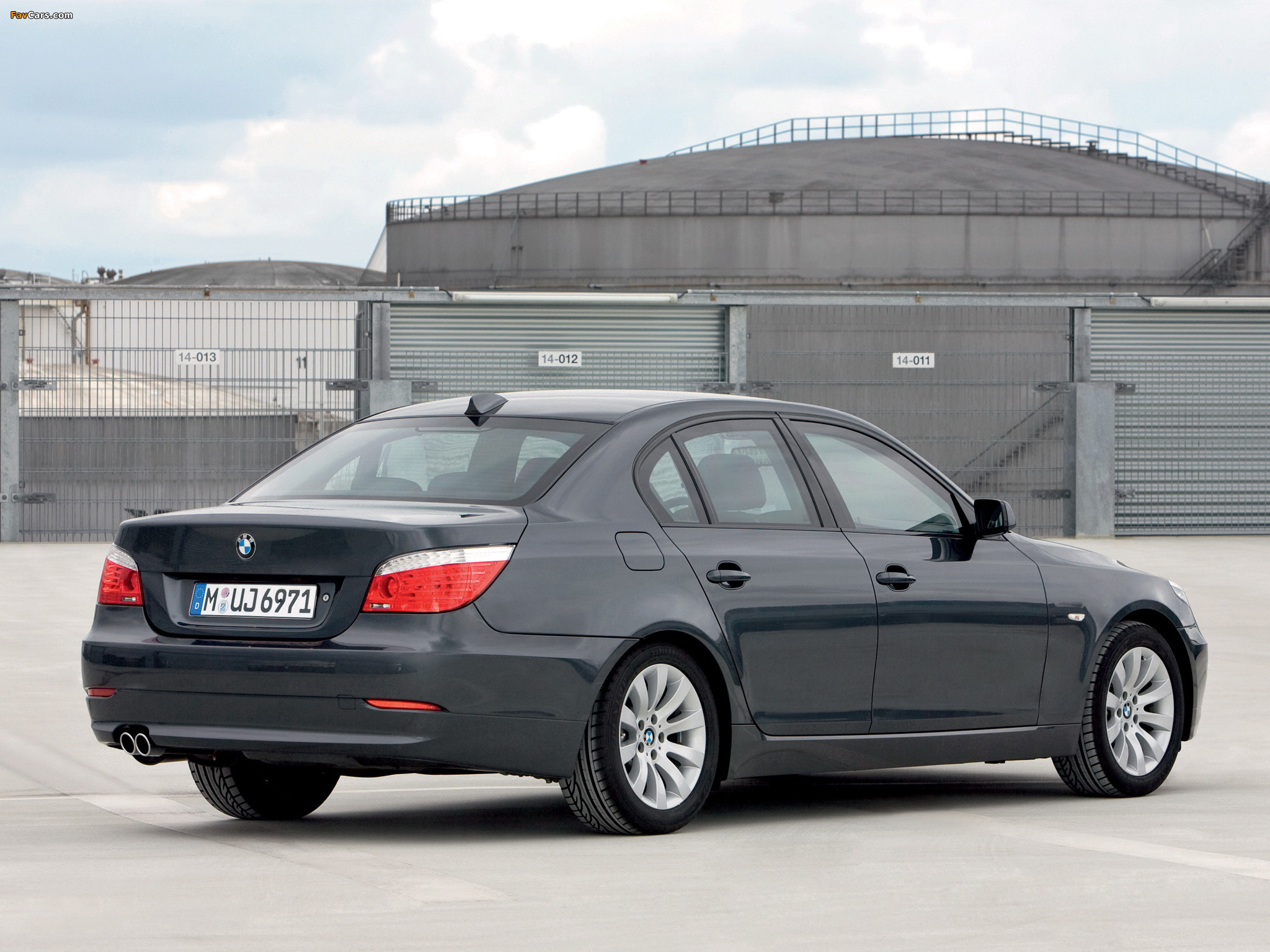 BMW 5 Series Security (E60) 2008–10 images (2048 x 1536)