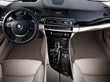 BMW 535i Sedan (F10) 2010–13 photos