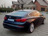 BMW 530d Gran Turismo Luxury Line ZA-spec (F07) 2013 pictures