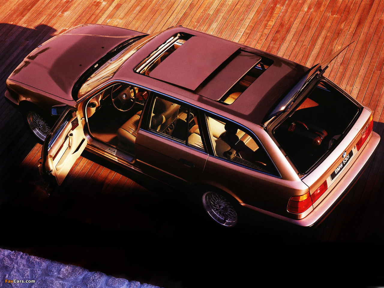 530i Touring E34 199296 wallpapers