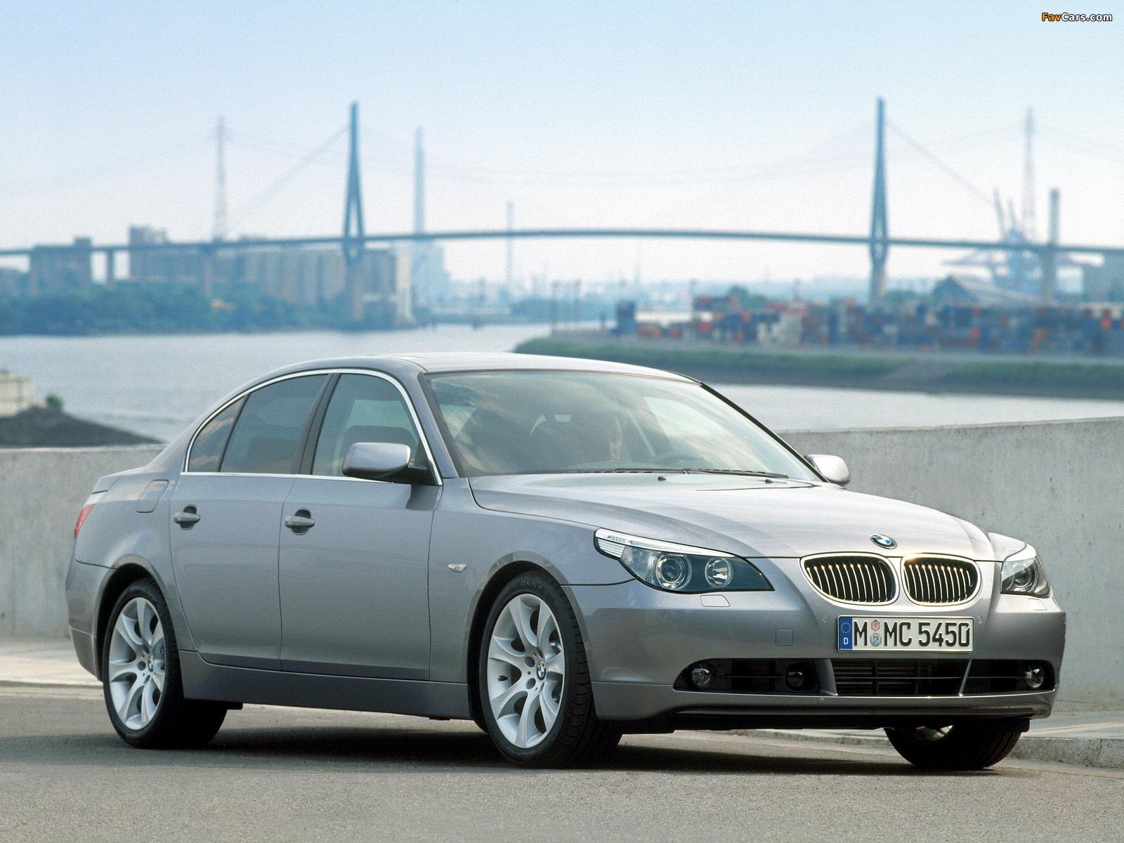 Images of BMW 545i Sedan (E60) 2003–05 (1600 x 1200)
