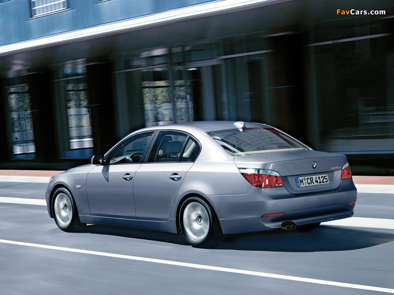 Images of BMW 525i Sedan (E60) 2003–07 (800 x 600)