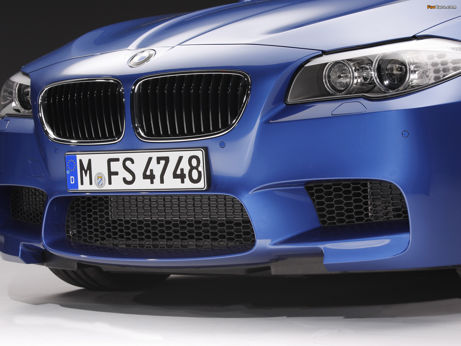 Images of BMW M5 (F10) 2011–13 (1600 x 1200)