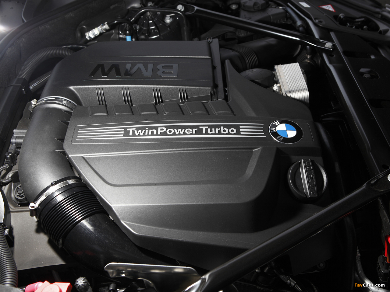 Images of BMW 520d Touring M Sports Package AU-spec (F11) 2011 (1280 x 960)
