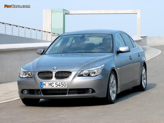 Photos of BMW 545i Sedan (E60) 2003–05 (640 x 480)