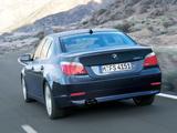 Photos of BMW 525i Sedan (E60) 2003–07