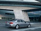 Photos of BMW 5 Series Sedan (F10) 2010