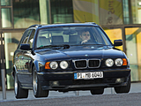 Pictures of BMW 5 Series Touring (E34) 1992–95