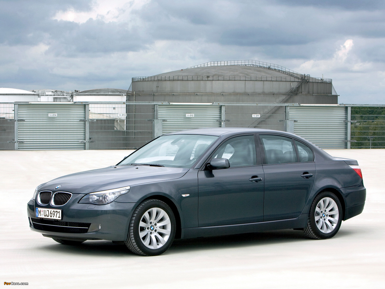 BMW 5 Series Security (E60) 2008–10 wallpapers (1600 x 1200)