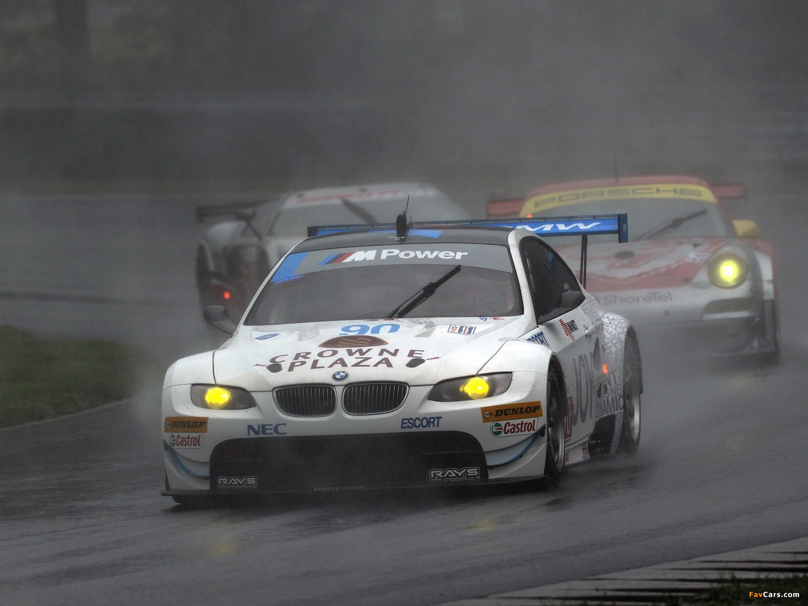 BMW M3 GT2 Race Car (E92) 2009–12 wallpapers (1600x1200)