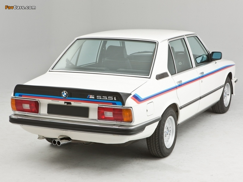 M535i UK-spec (E12) 1980–81 wallpapers
