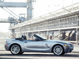 BMW Z4 3.0i Roadster (E85) 2002–05 pictures