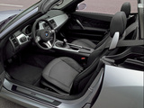 BMW Z4 3.0i Roadster (E85) 2002–05 wallpapers