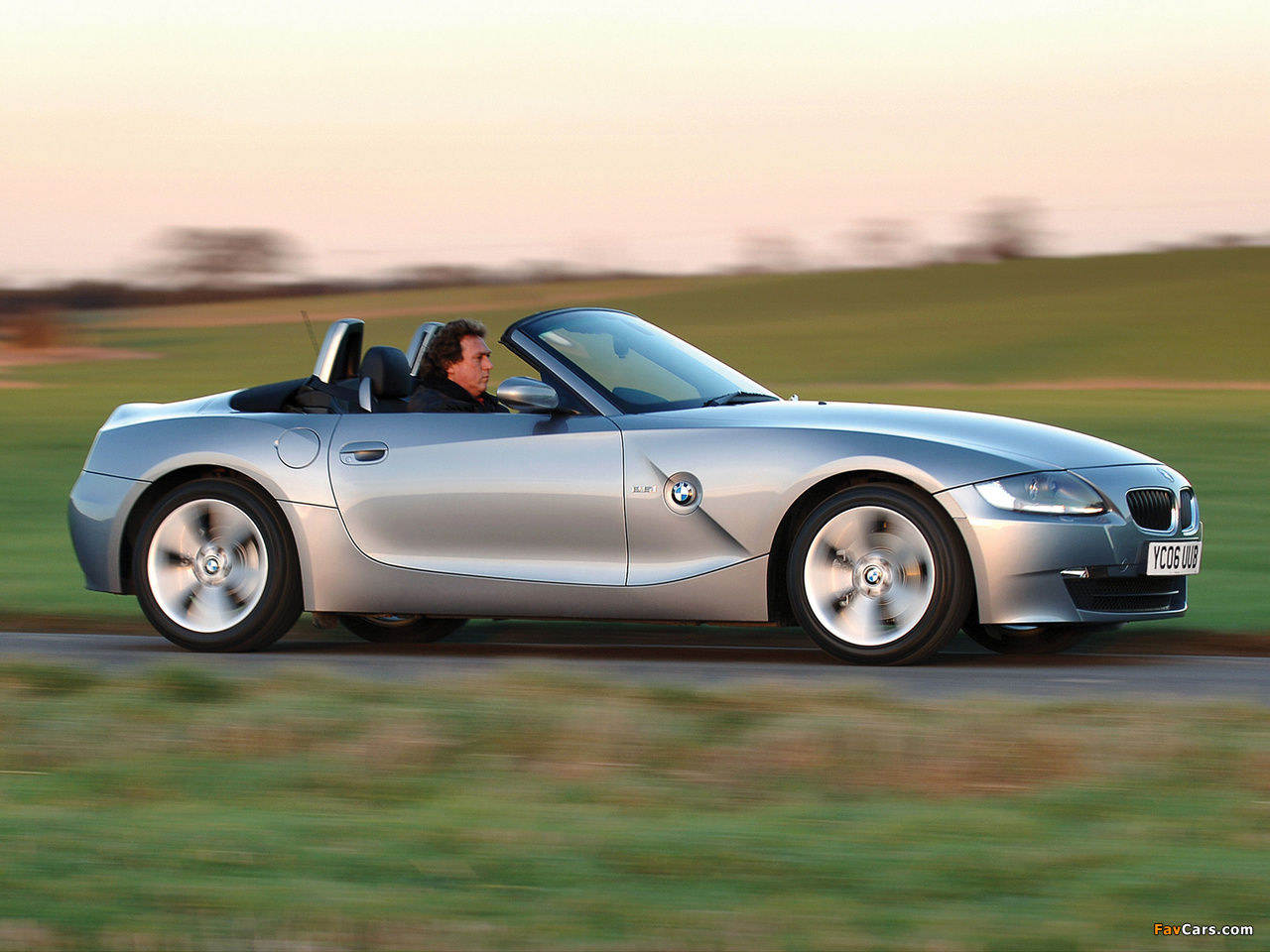 Bmw Z4 2 5i Roadster Uk Spec E85 2005 09 Pictures 1280x960