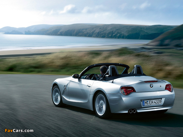 Pictures of BMW Z4 2.0i Roadster (E85) 2005–09 (640 x 480)