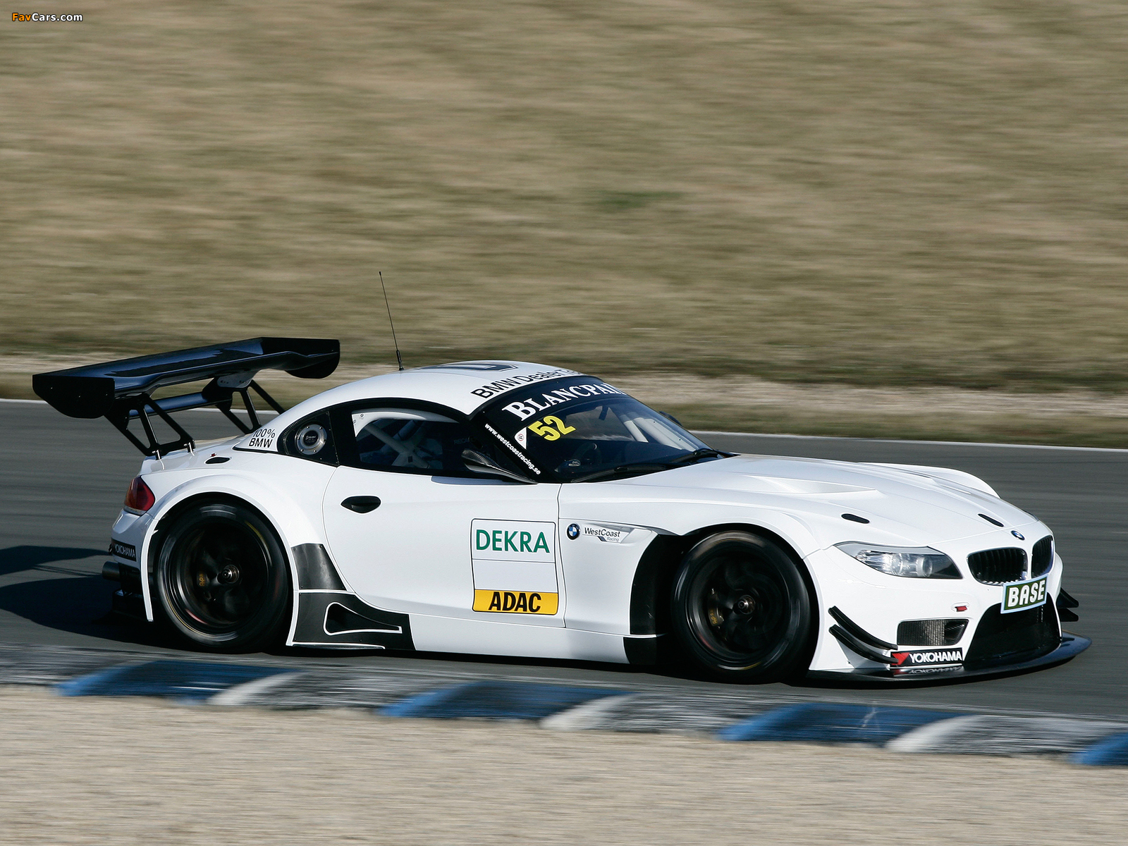 Pictures of BMW Z4 GT3 (E89) 2010 (1600 x 1200)