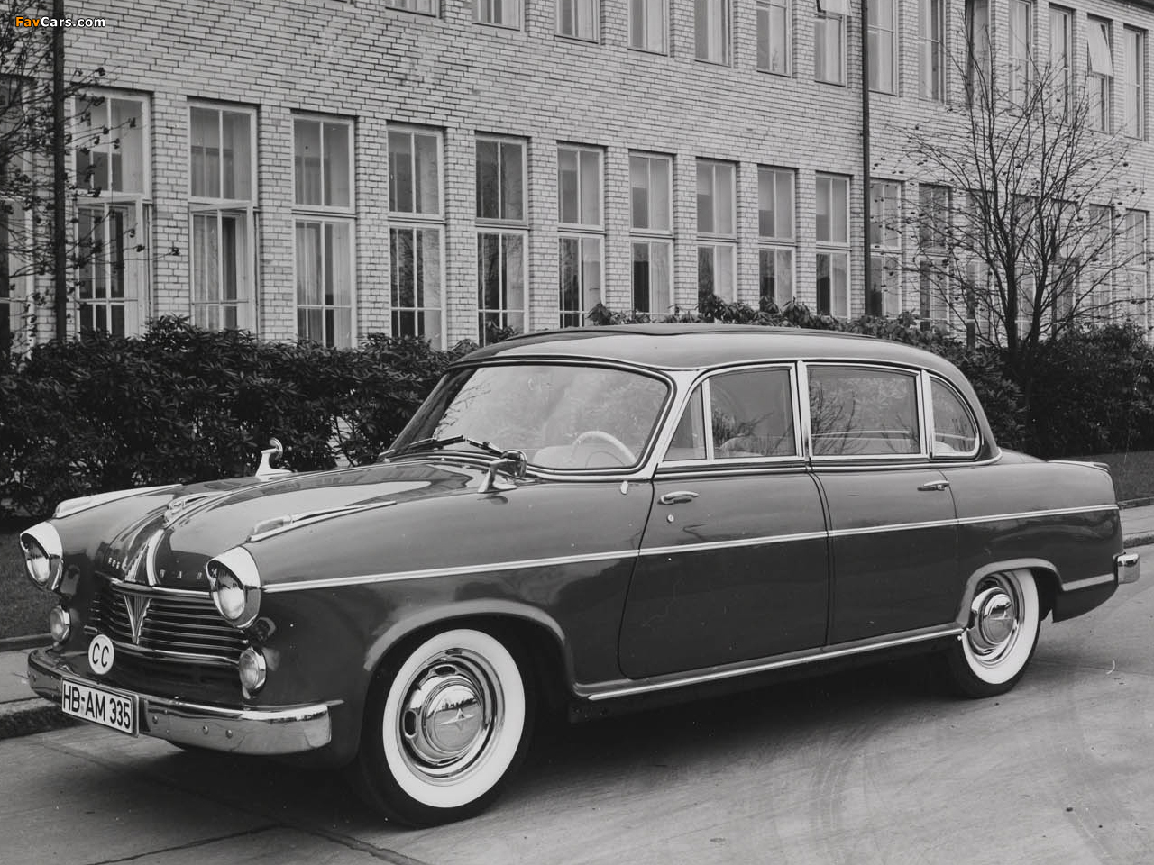 Images of Borgward Hansa 2400 Pullman 1957–58 (1280 x 960)