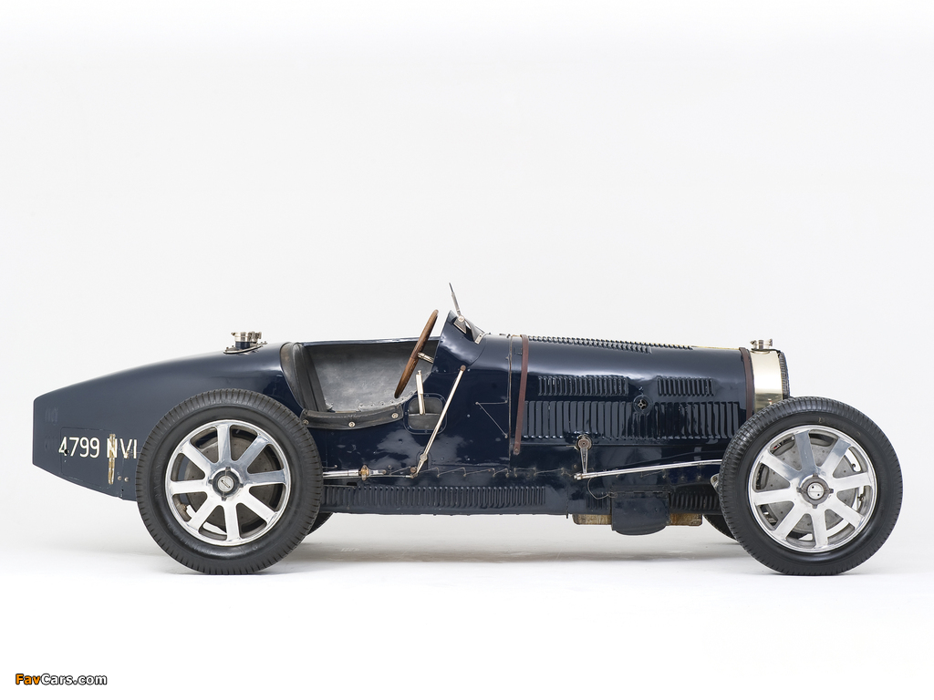Bugatti Type 51 Grand Prix Racing Car 1931–34 wallpapers (1024 x 768)