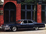 Images of Buick Electra Hardtop Sedan 1975
