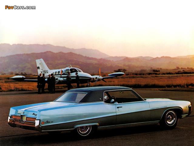 Photos of Buick Electra 225 Custom 2-door Hardtop (48457) 1969 (640 x 480)