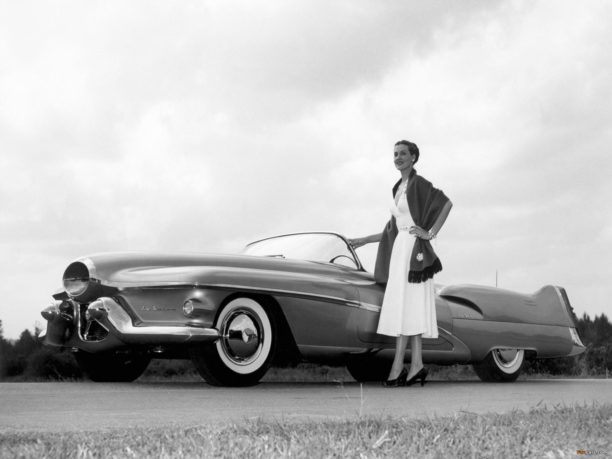 GM LeSabre Concept Car 1951 wallpapers (2048 x 1536)