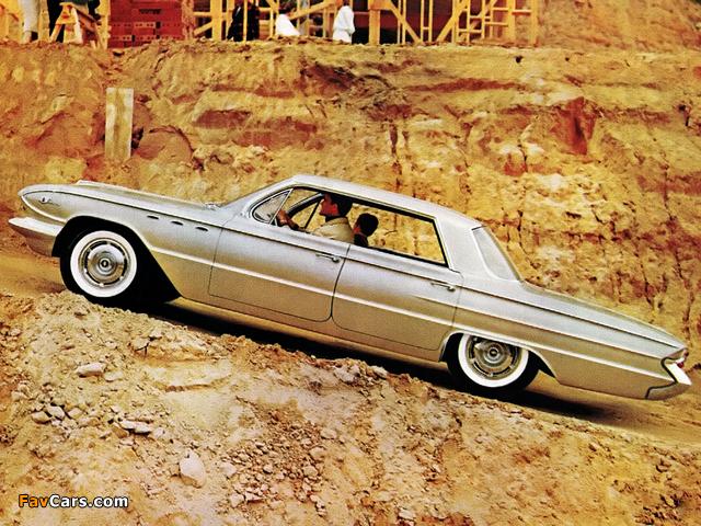 Buick LeSabre 4-door Hardtop (4439) 1961 wallpapers (640 x 480)