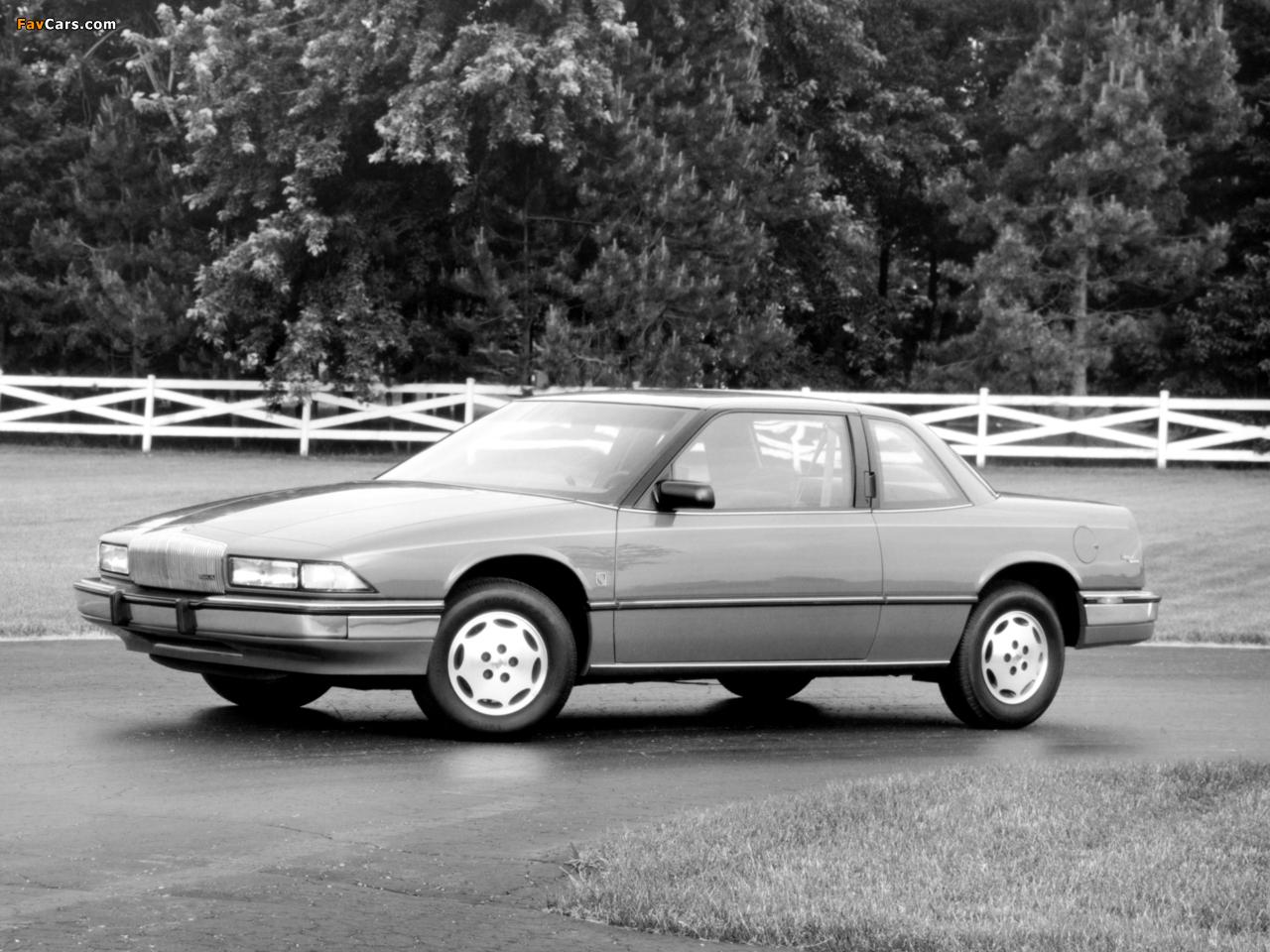 Buick Regal Coupe 1988–93 photos (1280 x 960)