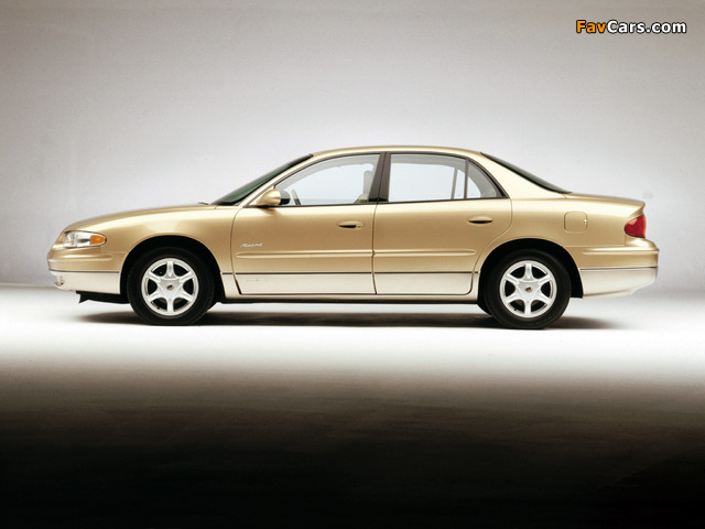 Images of Buick Regal Olympic Edition 2001 (640 x 480)